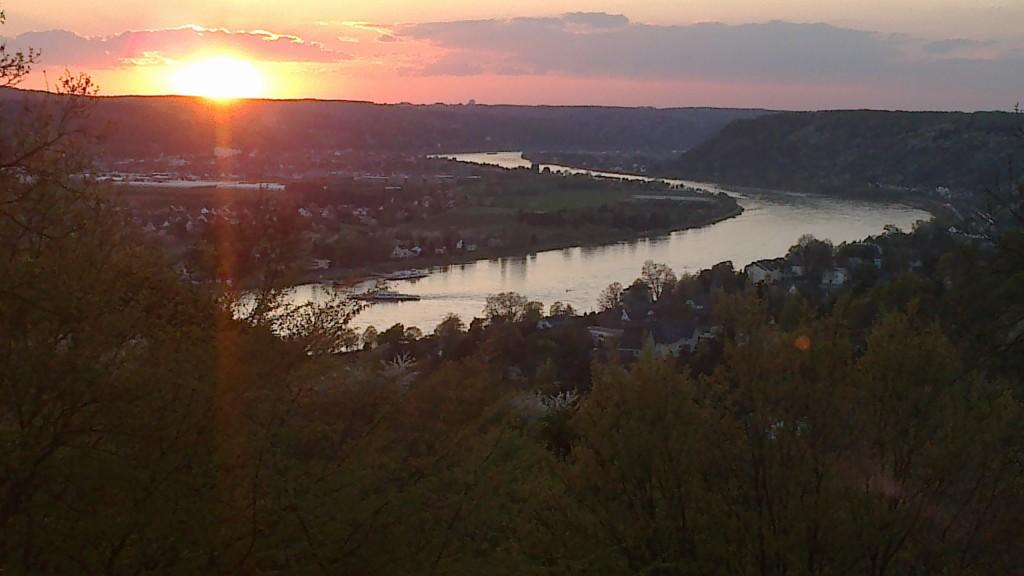 laufen hoch über dem Rhein - Foto von früher