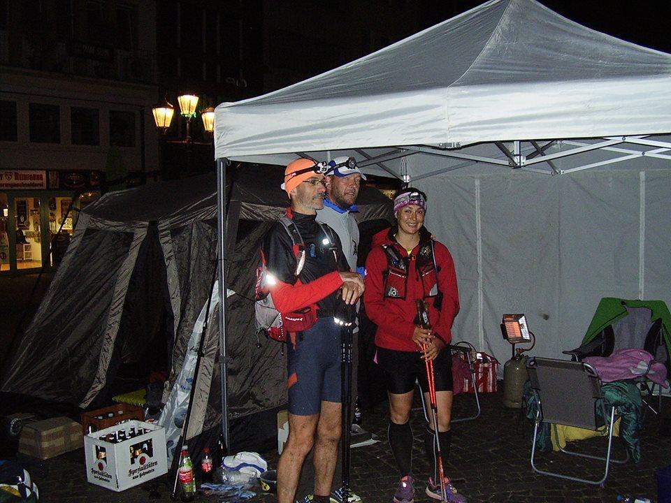 Markus, Michael (Organisator) und ich in Bonn - es ist geschafft!