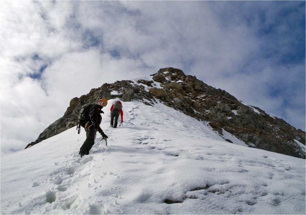 im Aufstieg zum Hinteren Brochkogel (3628m)