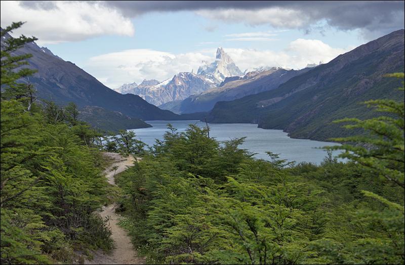 Traumlanschaft (Grenzübergang, vorne Lago del Desierto)